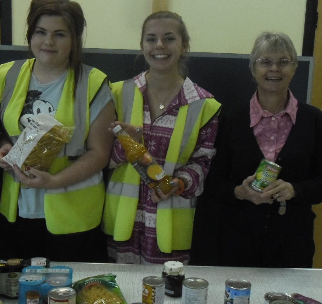 Delivering our Harvest Festival food to the Salvation Army